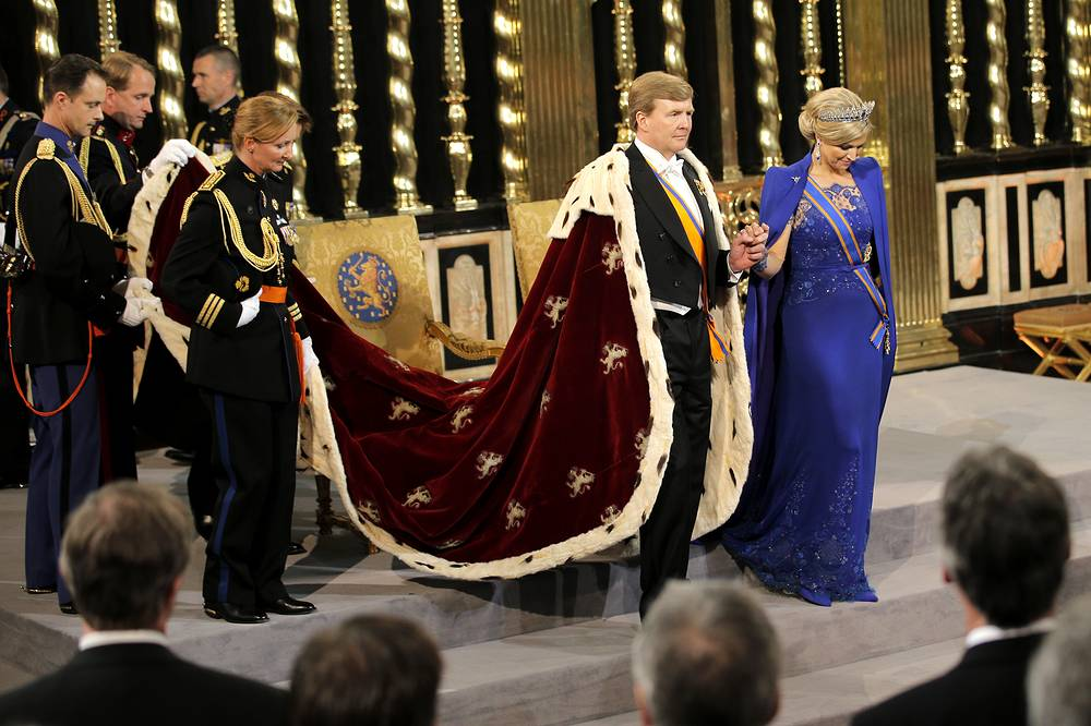 April 30, 2013 Queen Beatrix of the Netherlands abdicated the throne in favor of her eldest son