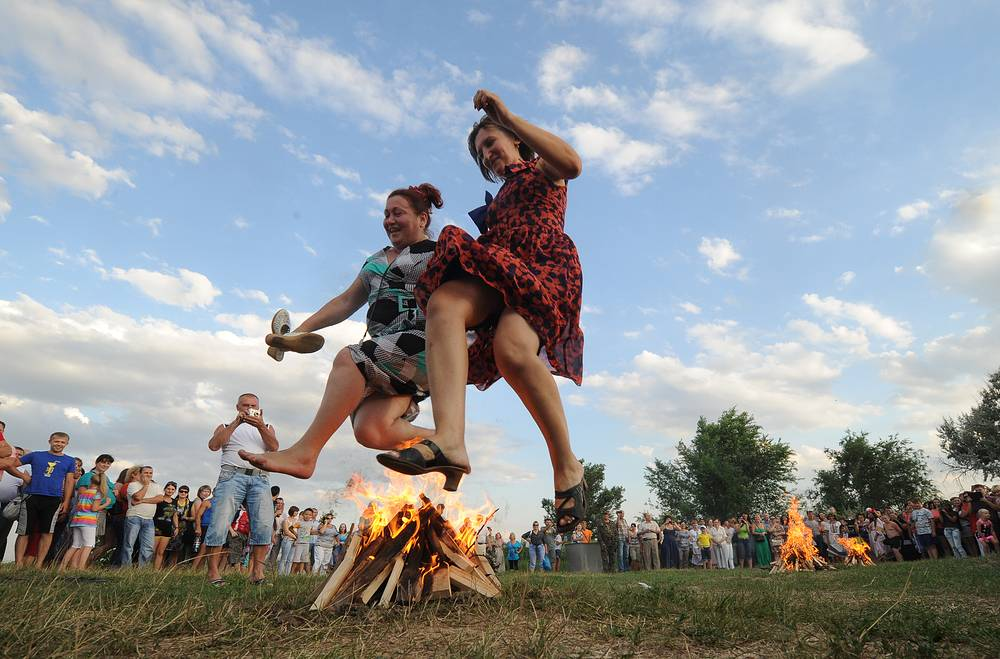 Residents of Kagalnitskaya locality in Rostov region during Ivan Kupala (Kupala Night) celebrations. July 6, 2013.