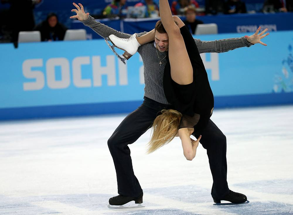 Ekaterina Bobrova and Dmitry Soloviev of Russia