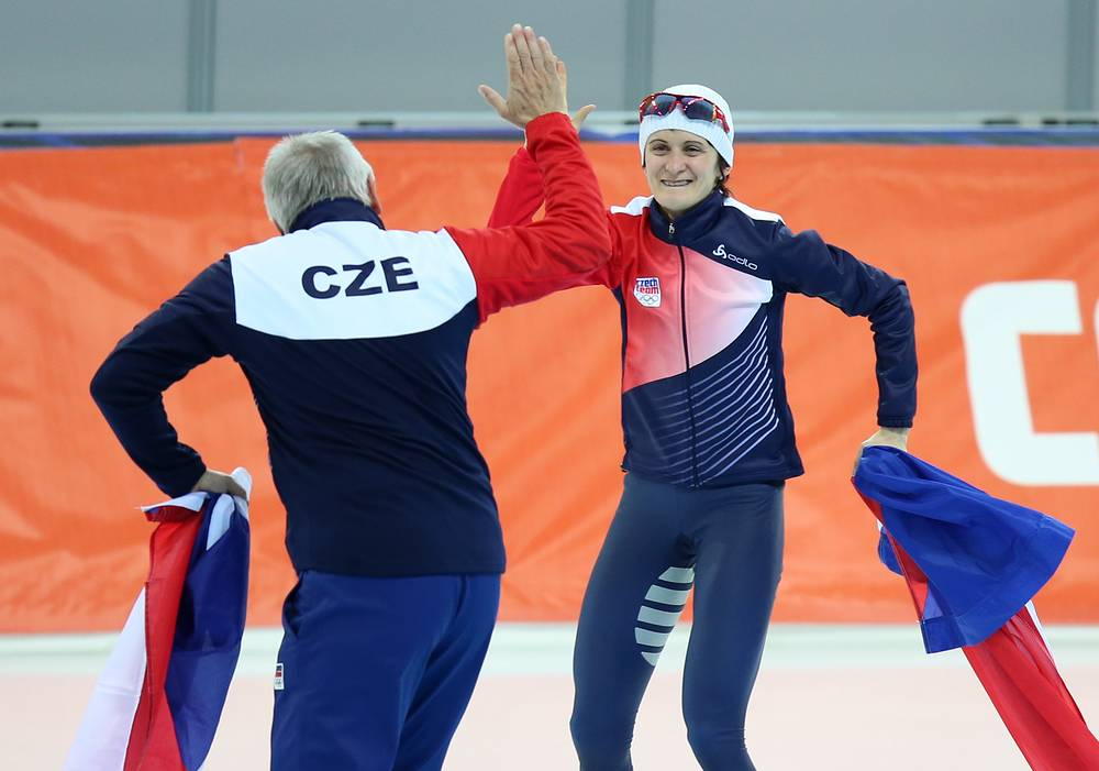Martina Sablikova (R) of the Czech Republic