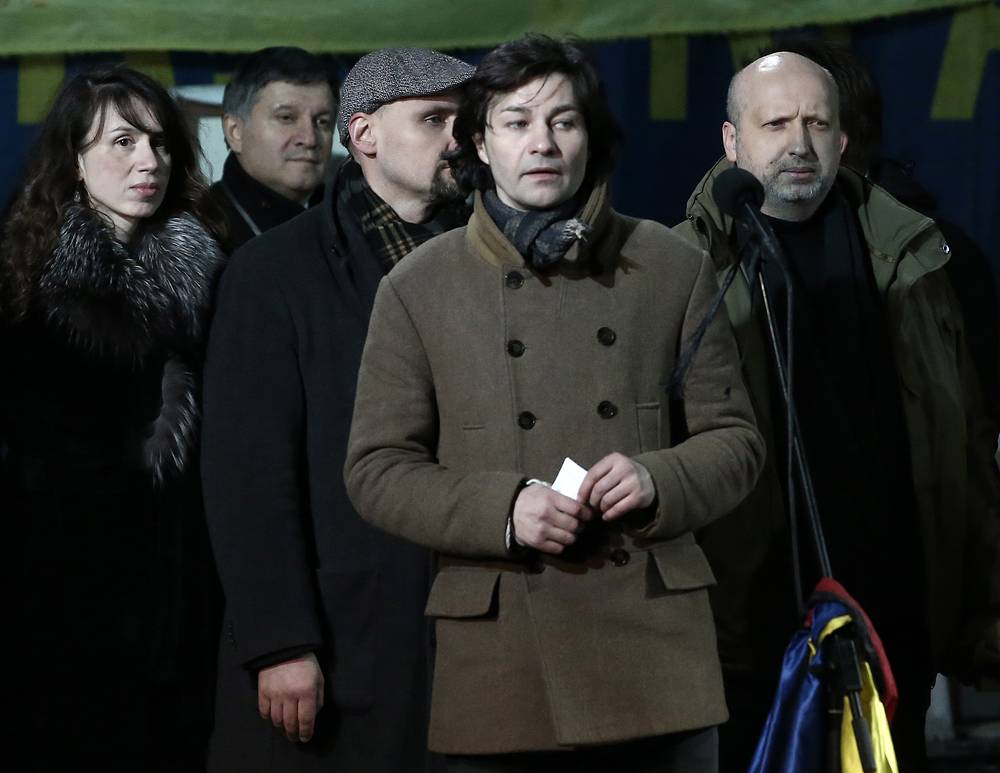 Candidate for culture minister, actor Yevhen Nishchuk (center)