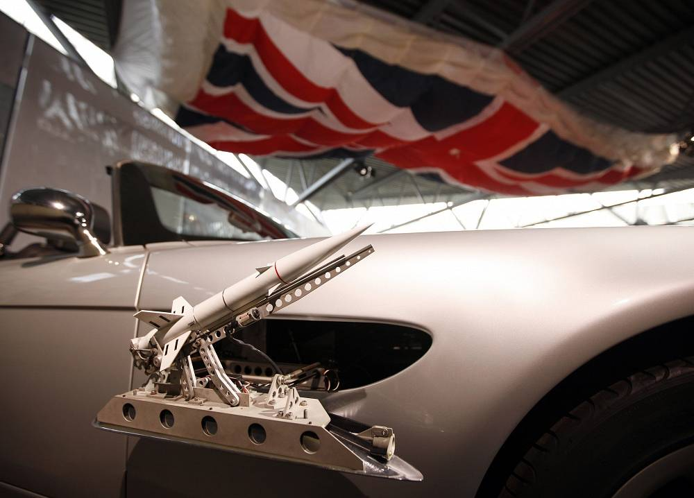 Side pod rockets of the BMW Z8