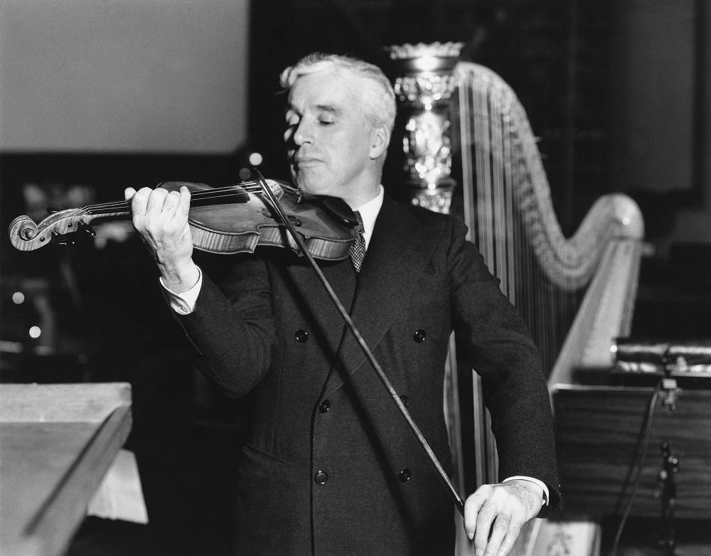 Chaplin was left-handed, he even played his wviolin with his left hand
