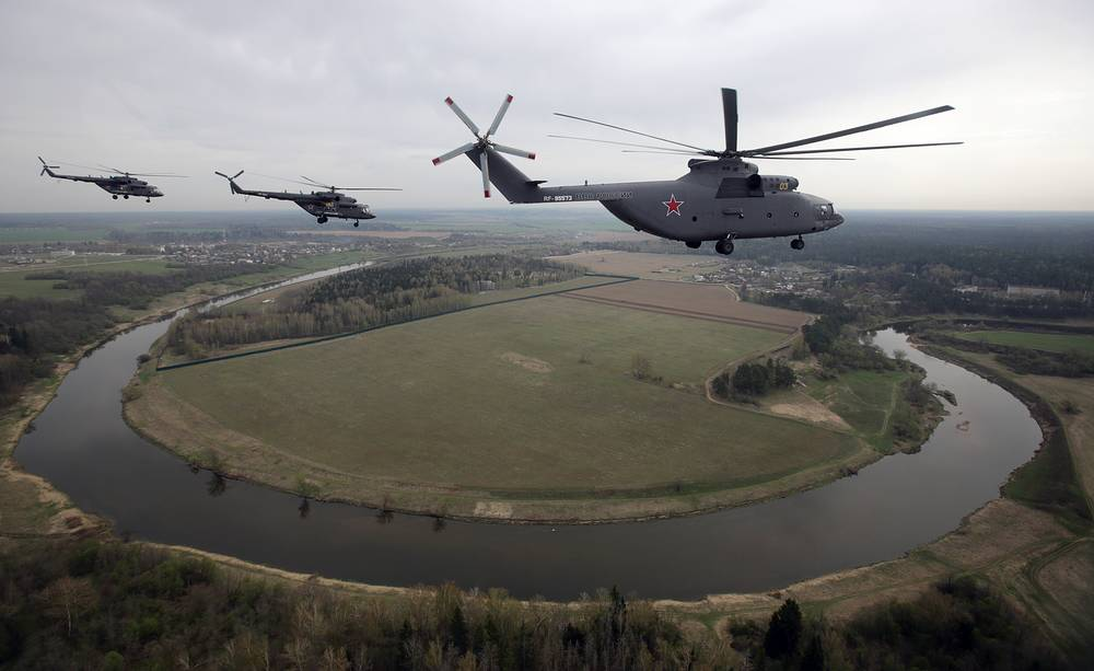 Military transport helicopters Mi-26 (right) and Mi-8 (left)