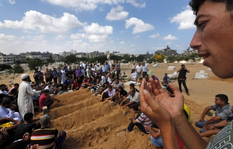As many as 121 Palestinian children have been killed and 904 injured as a result of Israel's air military operation in the Gaza Strip