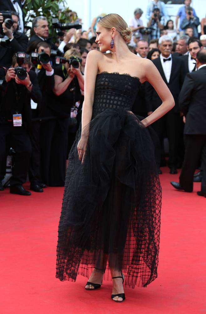 Photo: Natasha Poly in dress by de la Renta at the 67th international film festival, Cannes, France, May 17, 2014