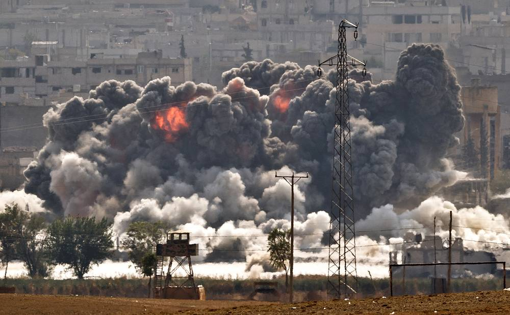 Kurdish fighters has rebuffed Islamic State (IS) militants' attacks at the eastern side of the Syrian town of Kobani. On October 28, Kurdish fighters destroyed 9 militants in an ambush and several Islamists were captured