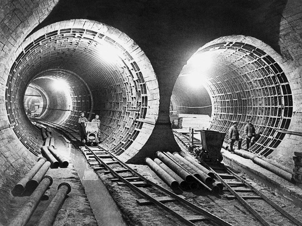 Construction of the fourth line of Moscow metro, 1948