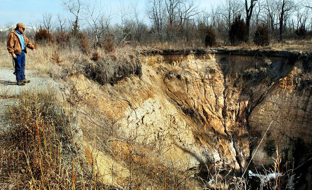 Cave-in caused by a mine shaft collapse in Cardin, USA, February 22, 2006