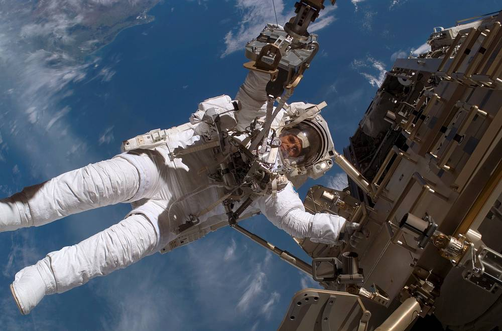 From June 5, 2011 astronauts added 159 components of the ISS during more than 1,000 hours of EVA. Photo: ESA astronaut participating in session of extravehicular activity as construction goes on the International Space Station, 2006