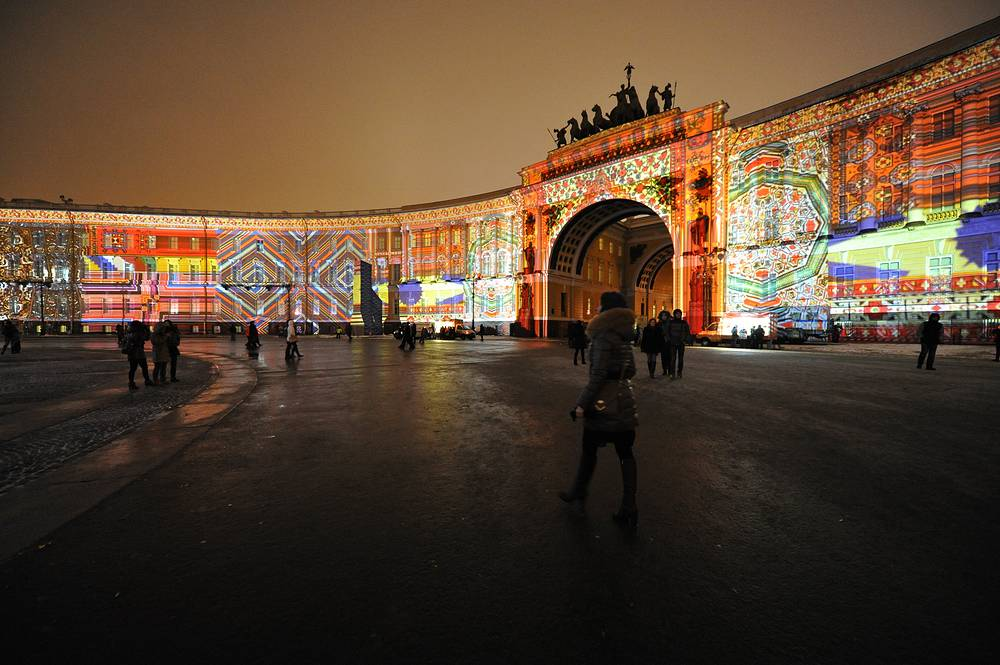 New Year light show at Palace Square in Saint Petersburg