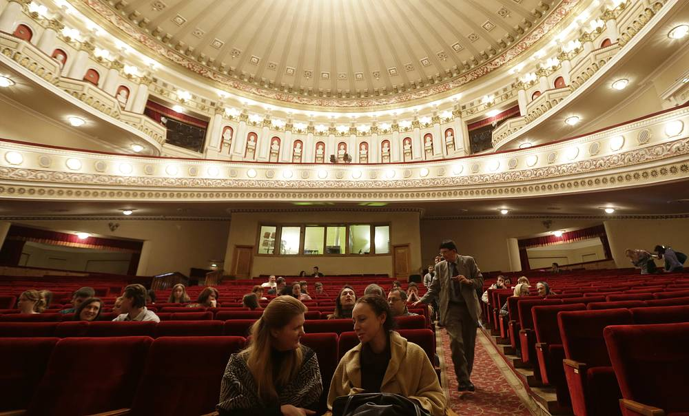 Spectators take seats before the performance at the Donbas Opera Theater in Donetsk