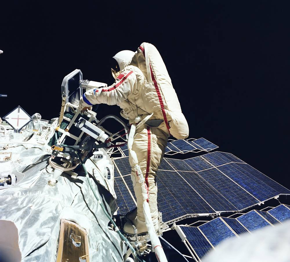 Svetlana Savitskaya became the first woman to perform a spacewalk on July 25, 1984. She conducted an EVA outside the Salyut 7 space station for 3 hours 35 minutes
