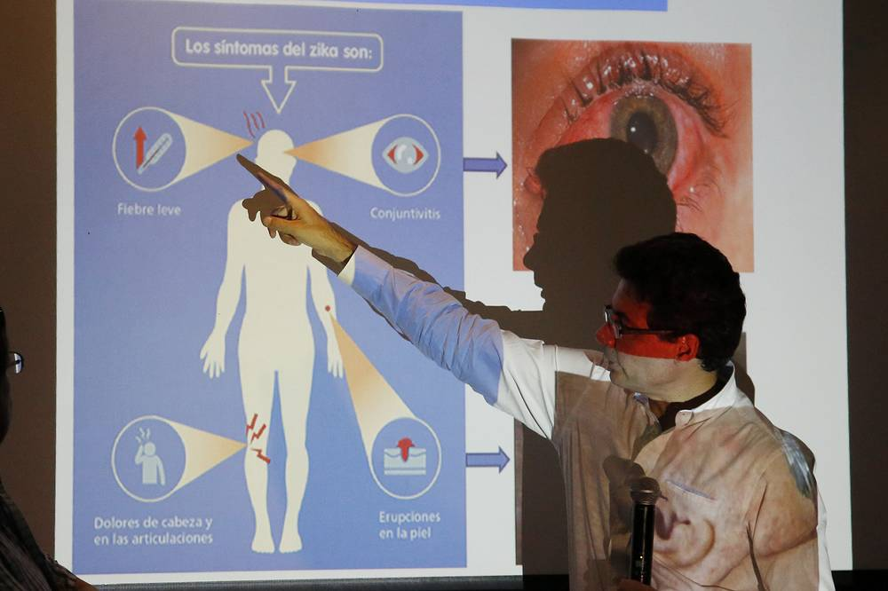 Colombia's Health Minister Alejandro Gaviria explaining the symptoms of Zika during an event to launch a nationwide prevention campaign against the virus in Ibague, Colombia