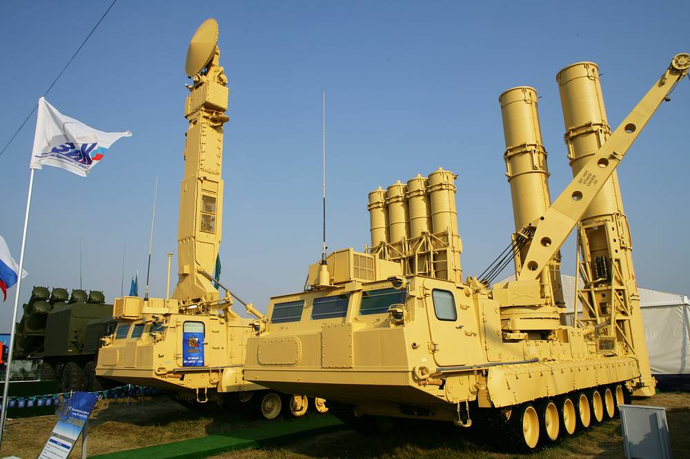 Antey-2500 air defense missile weapon system