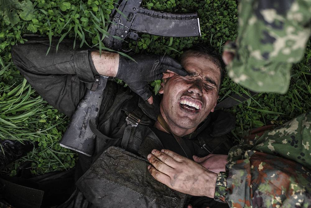 A special task forces member of the Russian Interior Ministry's regional command