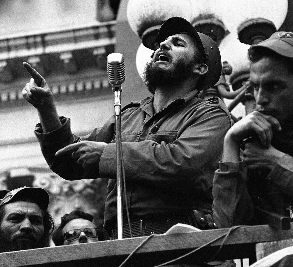 Castro made appearances at many towns as he and his caravan made their way toward Havana. Photo: Cuban revolutionary leader Fidel Castro making a speech in Colon, Cuba, January 7, 1959