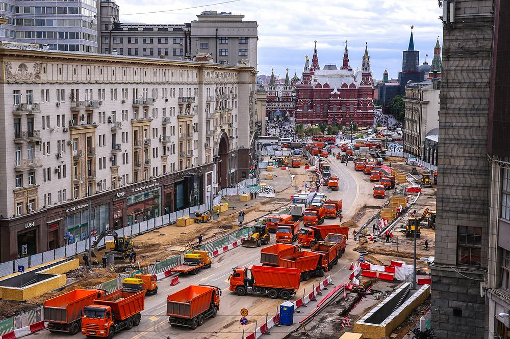 Reconstruction of the Tverskaya street in Moscow, June 5