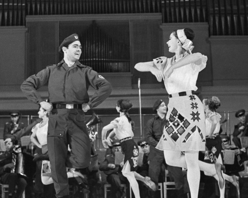 Alexandrov Ensemble's dancers, 1970