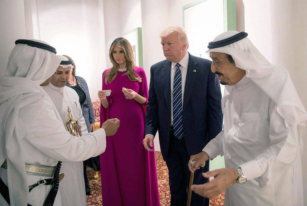 King of Saudi Arabia Salman bin Abdulaziz Al Saud with US President Donald J. Trump and his wife Melania during a welcome ceremony at Murabba Palace, in Riyadh