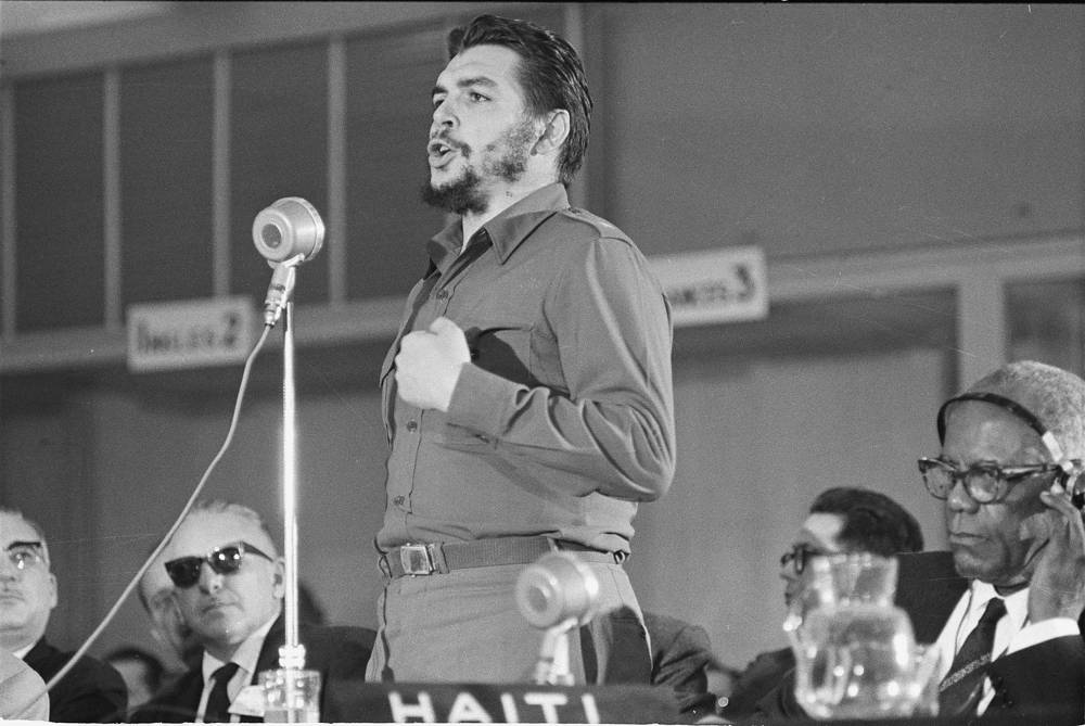 Cuba's Economic Minister, Ernesto Che Guevara speaks before the afternoon session of the Inter-American Economic and Social Conference at Punta del Este, Uruguay, 1961