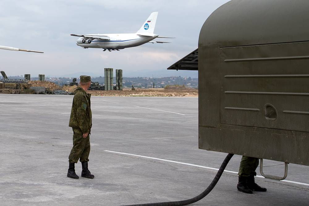 A Russian An-124 Ruslan cargo plane takes off from Hmeymim airbase in Syria, December 16, 2015