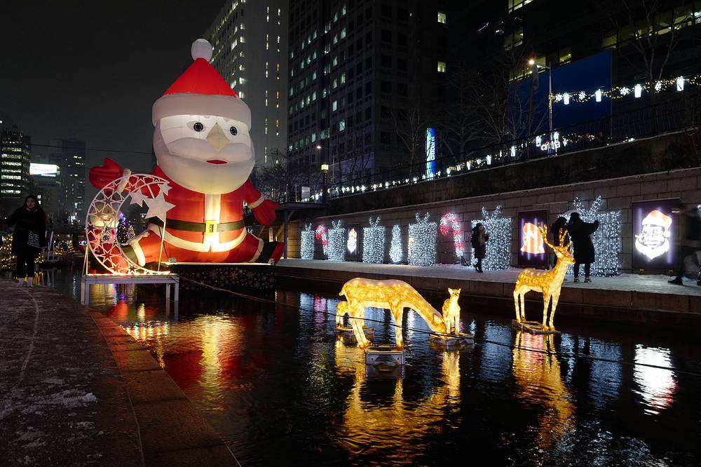 Christmas decorations at the Cheonggyecheon stream in Seoul, South Korea