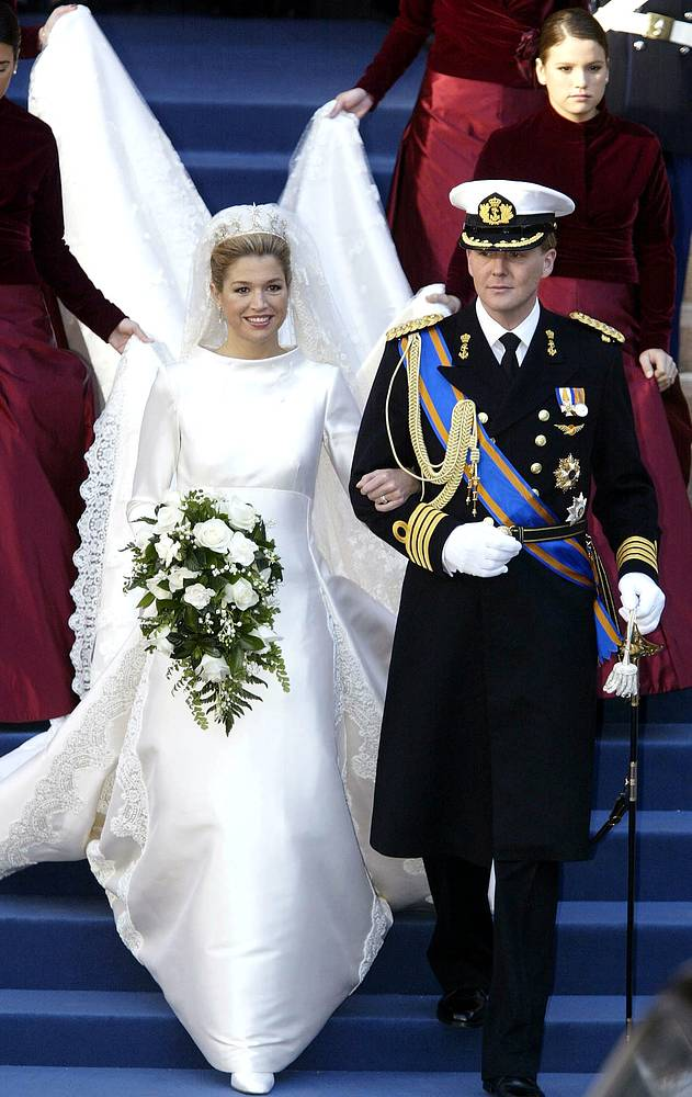 Dutch Crown Prince Willem-Alexander and his Maxima Zorreguieta leave the Beurs van Berlage after their civil wedding ceremony in Amsterdam, February 2, 2002