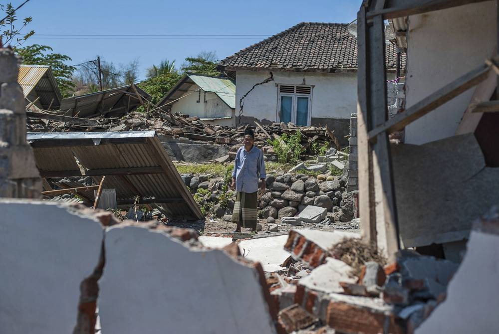 The authorities have already evacuated more than 10,000 local citizens and also foreign tourists