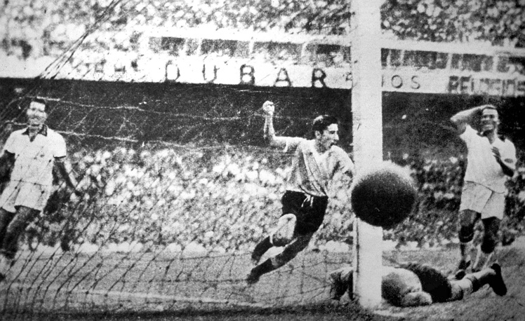 After a 12 years' break, the World Cup resumed in Brazil. In 1950, the host of the competition played in the final with Uruguay, the latter winning 2-1. Photo: Uruguay player Ghiggia scores during the final