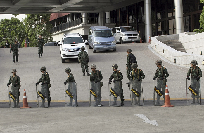 The military troops are clearing Bangkok for demonstrators