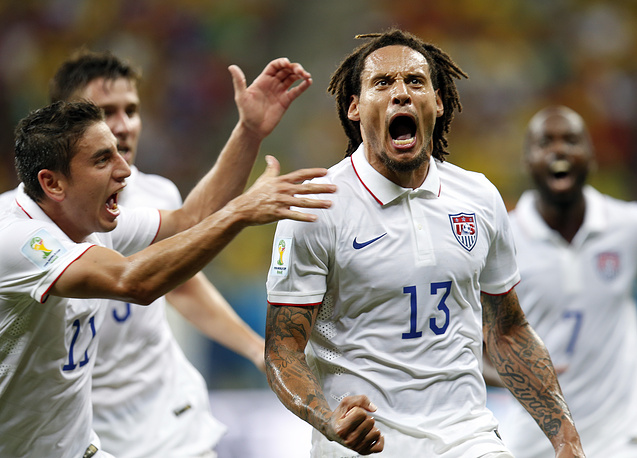 Jermaine Jones of the USA celebrates a goal