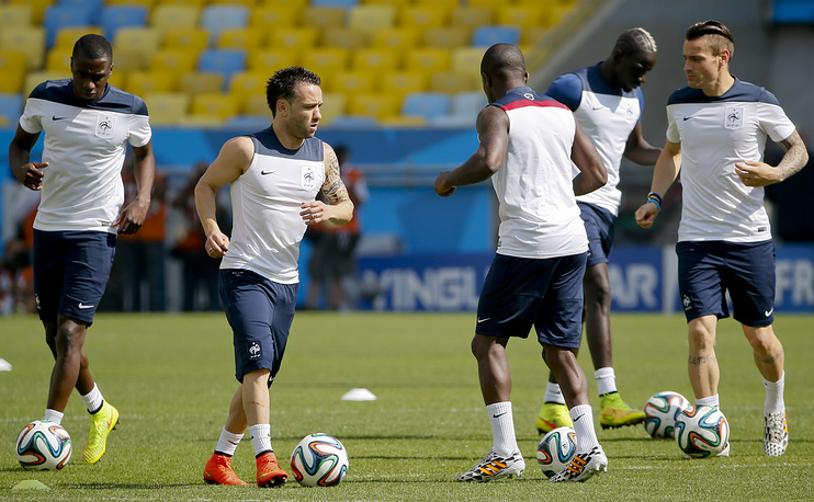 France national soccer team players during a training session