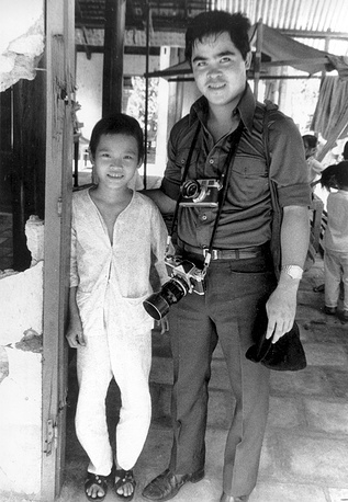 Nick Ut is the author of the most famous photo of the Vietnam War