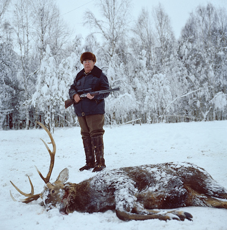 CPSU Central Committee Secretary General Leonid Ilyich Brezhnev hunting in Moscow region, 1977