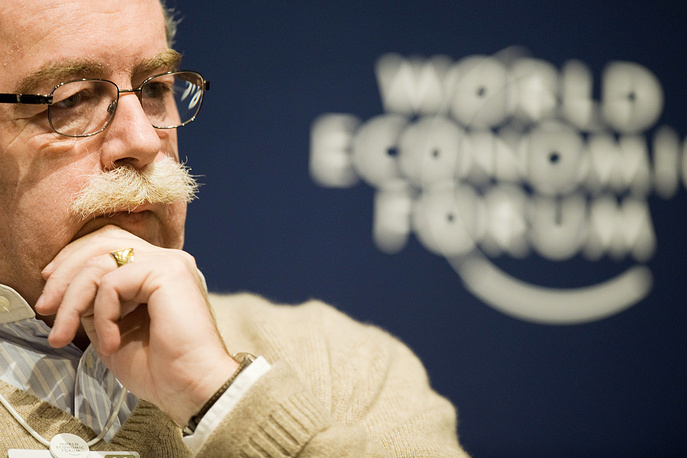 Christophe de Margerie, France's oil giant Total CEO died shortly before midnight Moscow time on October 20 when the Falcon jet carrying him collided with a snowplow during takeoff. Photo: Christophe de Margerie in Davos, Switzerland, 26 January 2011