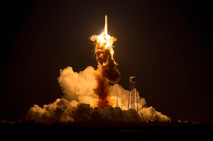 The NASA website was transmitting a live broadcast of the rocket launch