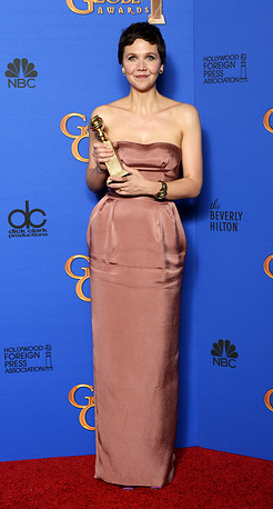 US actress Maggie Gyllenhaal with her award for Best performance by an actress in a mini-series or a motion picture made for television for 'The Honorable Woman'