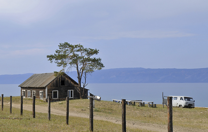 Olkhon is the largest island in lake Baikal with an area of 730 square kilometres. Photo: Peschanaya village on Baikal's Olkhon island