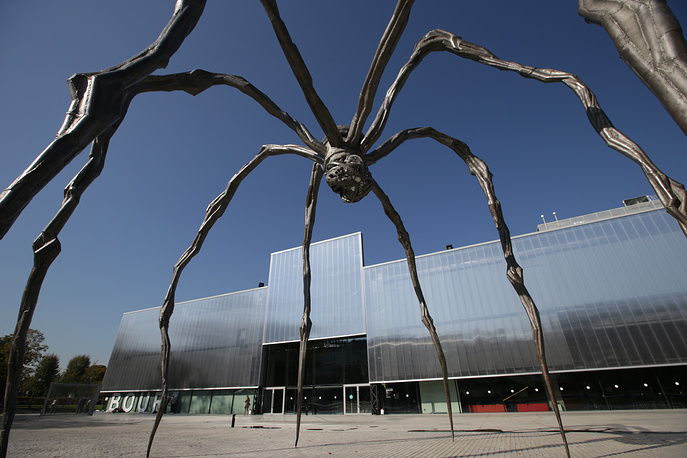 """The Maman sculpture by artist Louise Bourgeois by the Garage Museum of Contemporary Art that hosts the exhibition titled """"Louise Bourgeois. Structures of Existence: The Cells"""" as part of the 6th Moscow Biennale of Contemporary Art"""