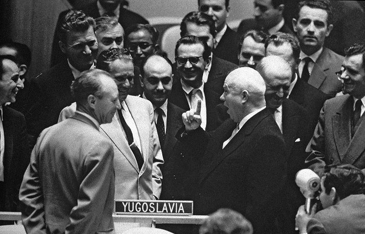 The First Secretary of the Communist Party of the Soviet Union Nikita Khrushchev became a remarkable figure in the history of the United Nations. During his stay in New York, he was very popular with politicians and journalists. He was always surrounded by a crowd, and as a result he once lost his shoe on the way to a meeting. Photo: President of the Federal People's Republic of Yugoslavia Marshal Josip Broz-Tito (light suit) and Nikita Khrushchev (hand raised) exchanging greetings in the Assembly Hall