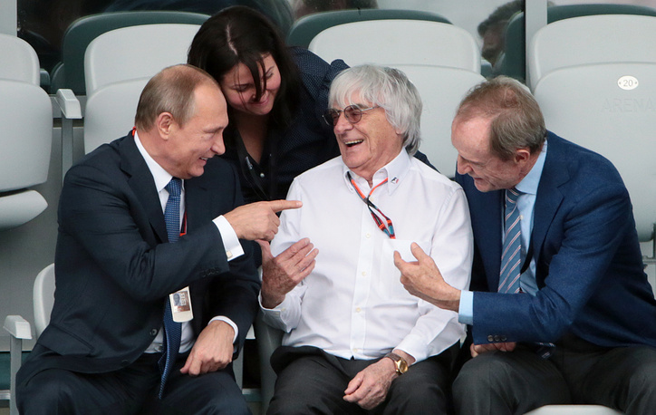 Russia's president Vladimir Putin, F1 CEO Bernie Ecclestone and International Olympic Committee member Jean Claud Killy at the 2015 Formula 1 Russian Grand Prix