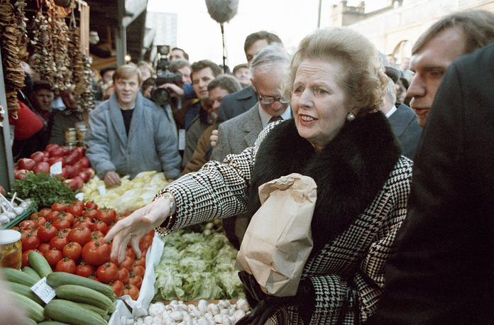 "In 1995 Thatcher confided to a leading Conservative MP that she would not have gone into politics if she had ""had her time over again"" because of what it had done to her family. Photo: Margaret Thatcher during a visit to food market in Warsaw, 1988"