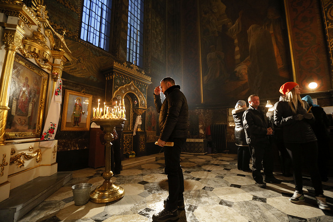 Christmas Eve Mass in the St. Volodymyr Cathedral in Kiev, Ukraine