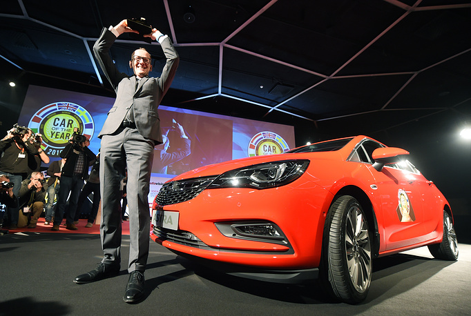 Opel CEO Karl-Thomas Neumann during the presentation of the Opel Astra as car of the year at the Geneva international motor show 2016