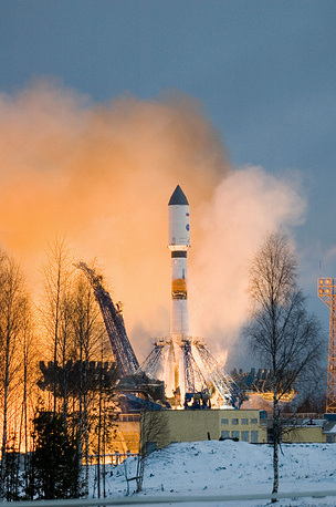 Soyuz-2 carrier rocket with the Meridian telecommunication satellite on board