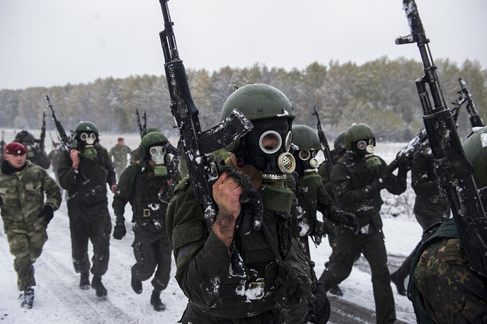 Special task force and reconnaissance units members of the Russian Federal National Guard Troops Service take a qualification test to earn their maroon beret