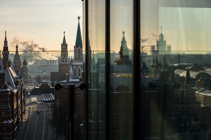 A general view from the roof of the Ritz-Carlton hotel on the Kremlin, the Red Square and the Historical Museum in Moscow, Russia, November 21
