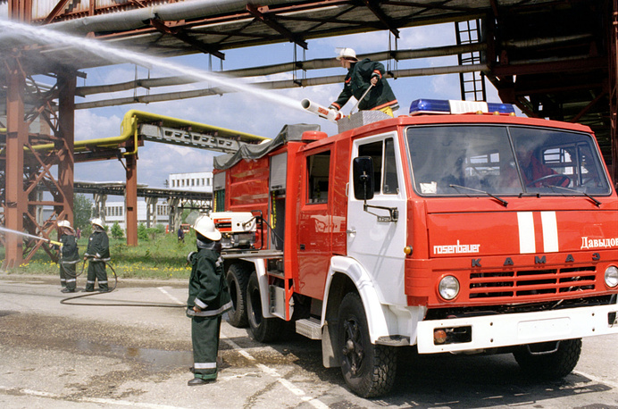 A fire-engine built on Kamaz chassis at an exhibition in Moscow region, 1998