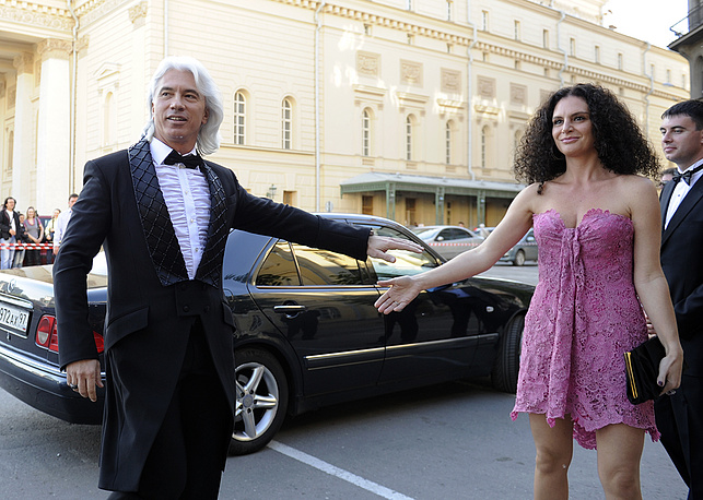 Dmitri Hvorostovsky with his wife, Florence, attends a concert marking the 15th anniversary of ELLE Russia magazine, Moscow, 2011
